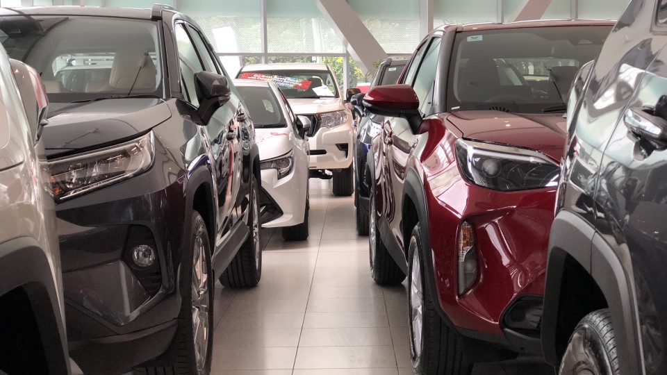 Why showrooms are running out of new cars