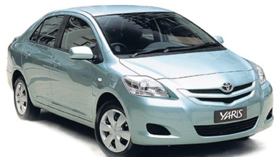Toyota Yaris YRS sedan