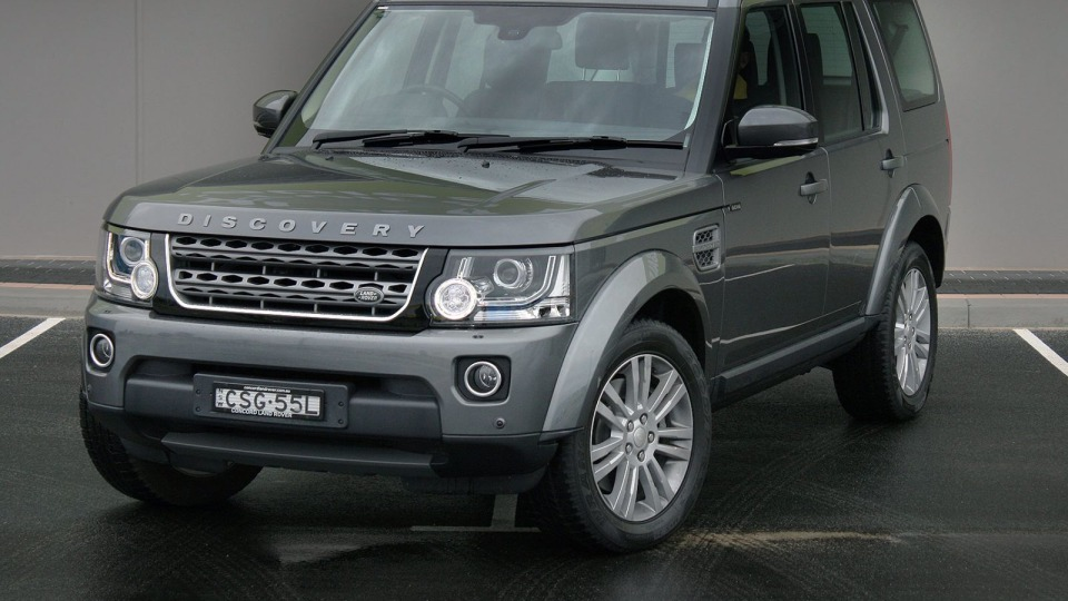 Land Rover Discovery Review: 2014 SE SCV6 Petrol