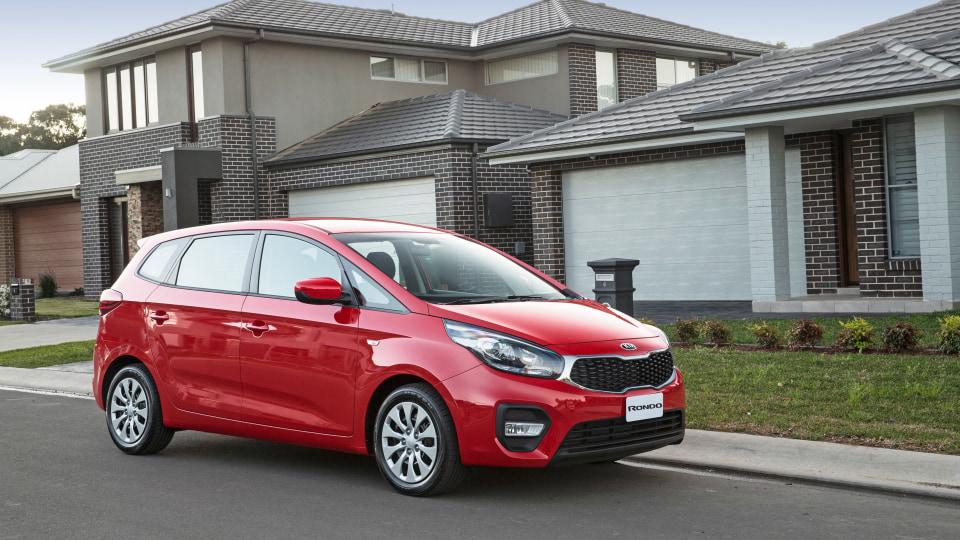 Kia Rondo used car review