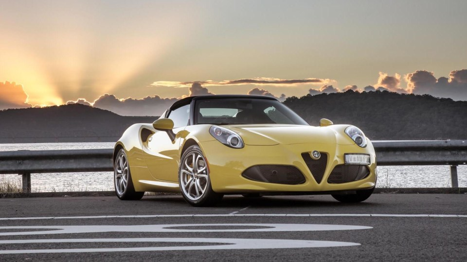 Alfa Romeo 4C Coming In For 2018 Upgrade
