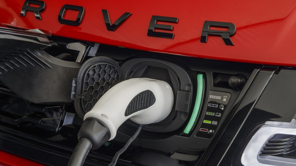Fully-electric Land Rover is coming