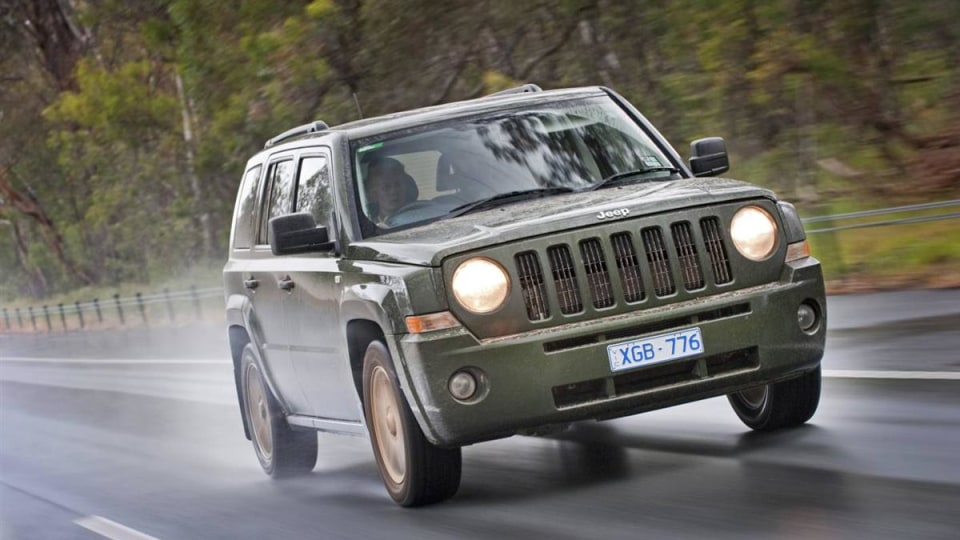 2010_jeep_patriot_first-drive-review_15.jpg