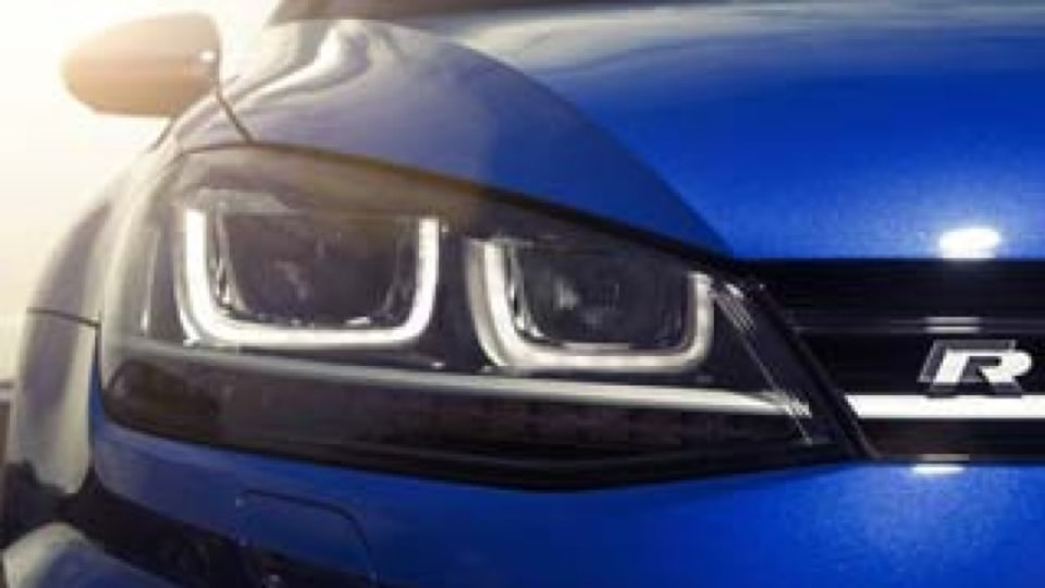 Volkswagen Golf R new car review