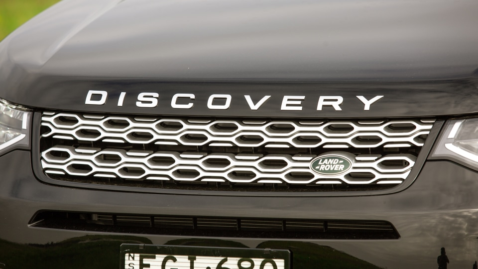 Drive Car of the Year Best Medium Luxury SUV 2021 finalist Land Rover Discovery Sport grille