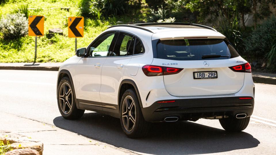 2021 Mercedes-Benz GLA250 review-1