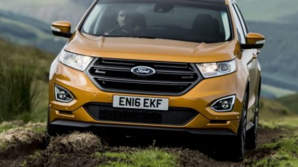 2018 Ford Edge badge still up in the air