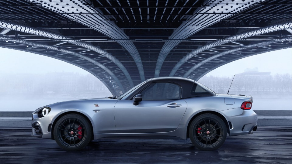 Carbon fibre-topped Abarth 124 Spider unveiled