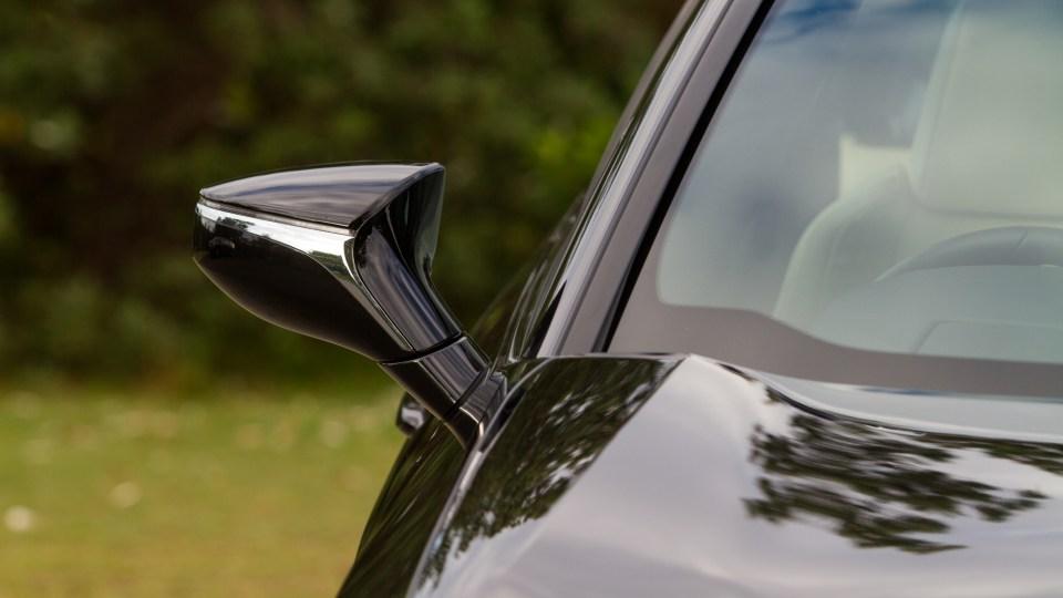 2020 Lexus UX200 Luxury Review-4