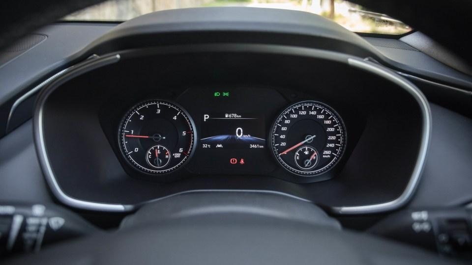 2021 Hyundai Santa Fe Elite review-4