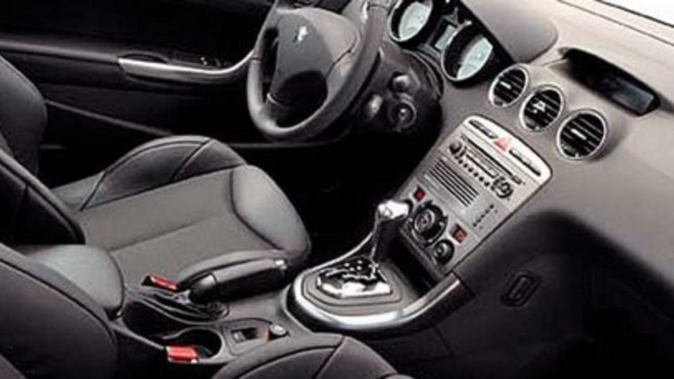Peugeot 308 diesel-electric hybrid