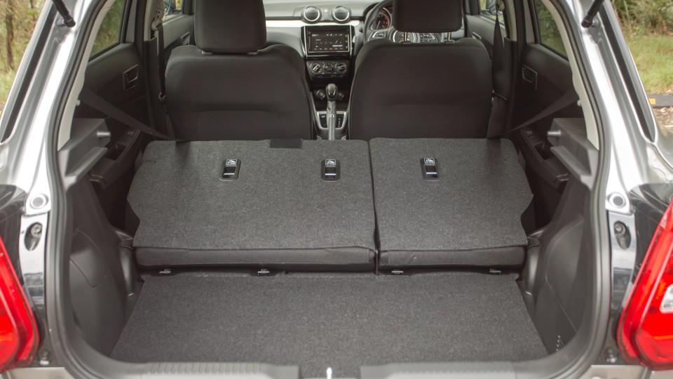 2020 Suzuki Swift Series II GL Navigator Plus review-2
