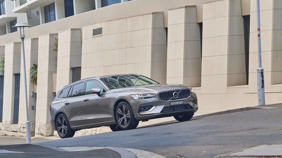 Touring Review: 2020 Volvo V60 T5 Inscription-2