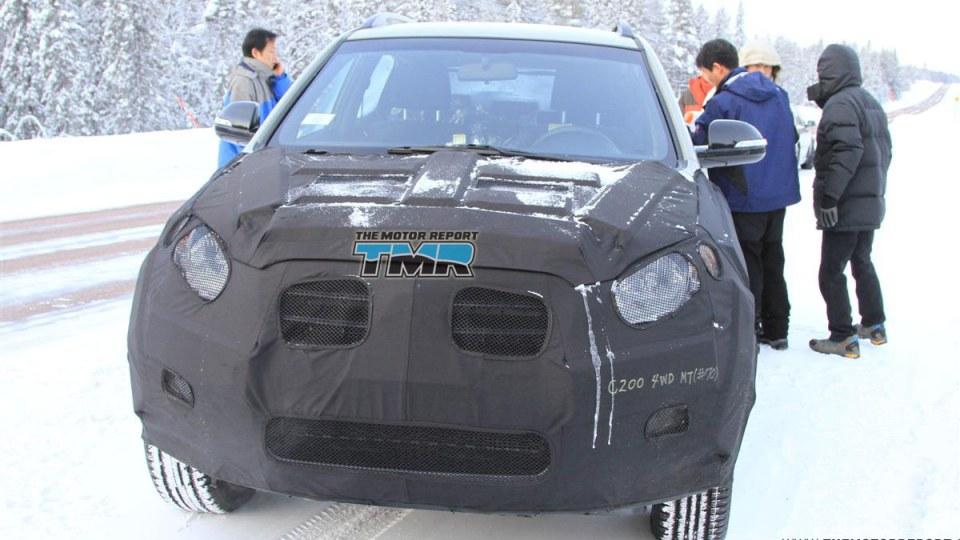 2011_ssangyong_c200_spy_photos_02