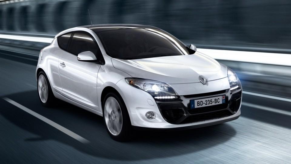 2012 Renault Megane Facelift Revealed