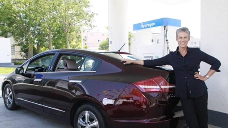 Honda FCX Clarity Hits Hollywood