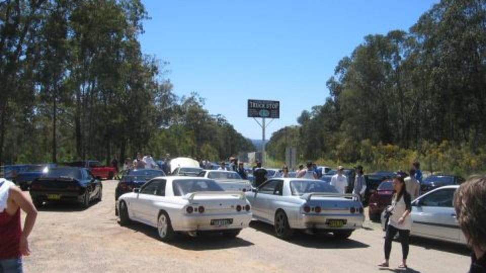 TMR Rides Along With The Skylines Australia Putty Road Cruise 2008