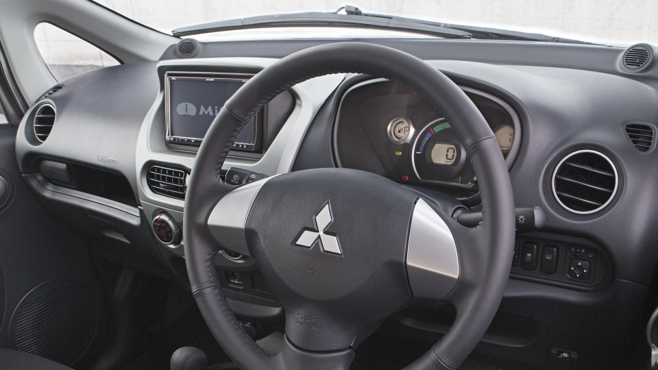 Mitsubishi: 100,000 customers must act over 'clear risk' posed by Takata airbags