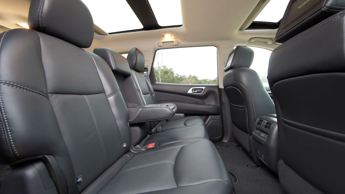Nissan Pathfinder Used Car Review-3