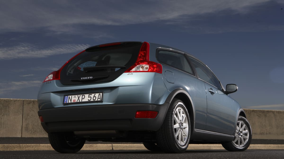 2007-2010 Volvo C30 used car review-4