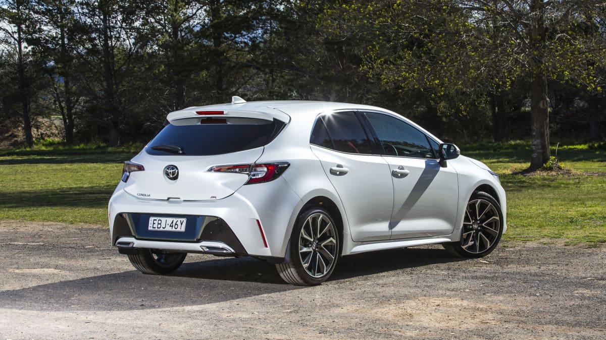 2020 best small car finalist toyota corolla exterior rear