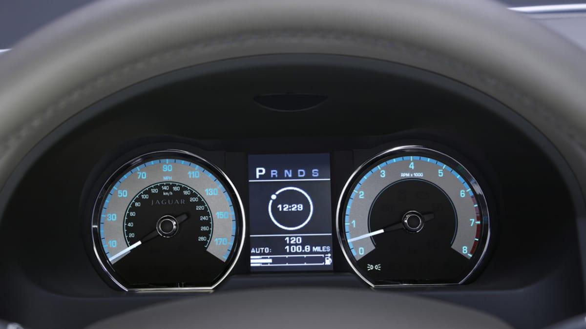 2008-jaguar-xf-tmr-22.jpg