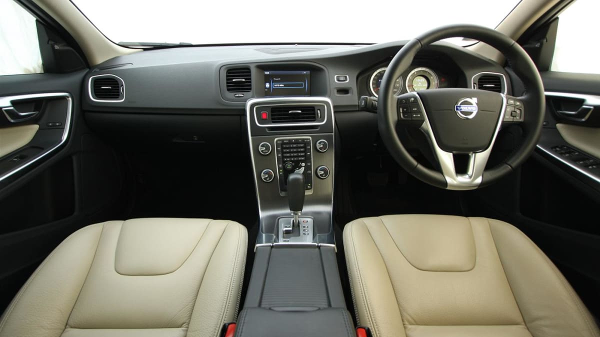 2011_volvo_s60_t6_roadtest_review_20