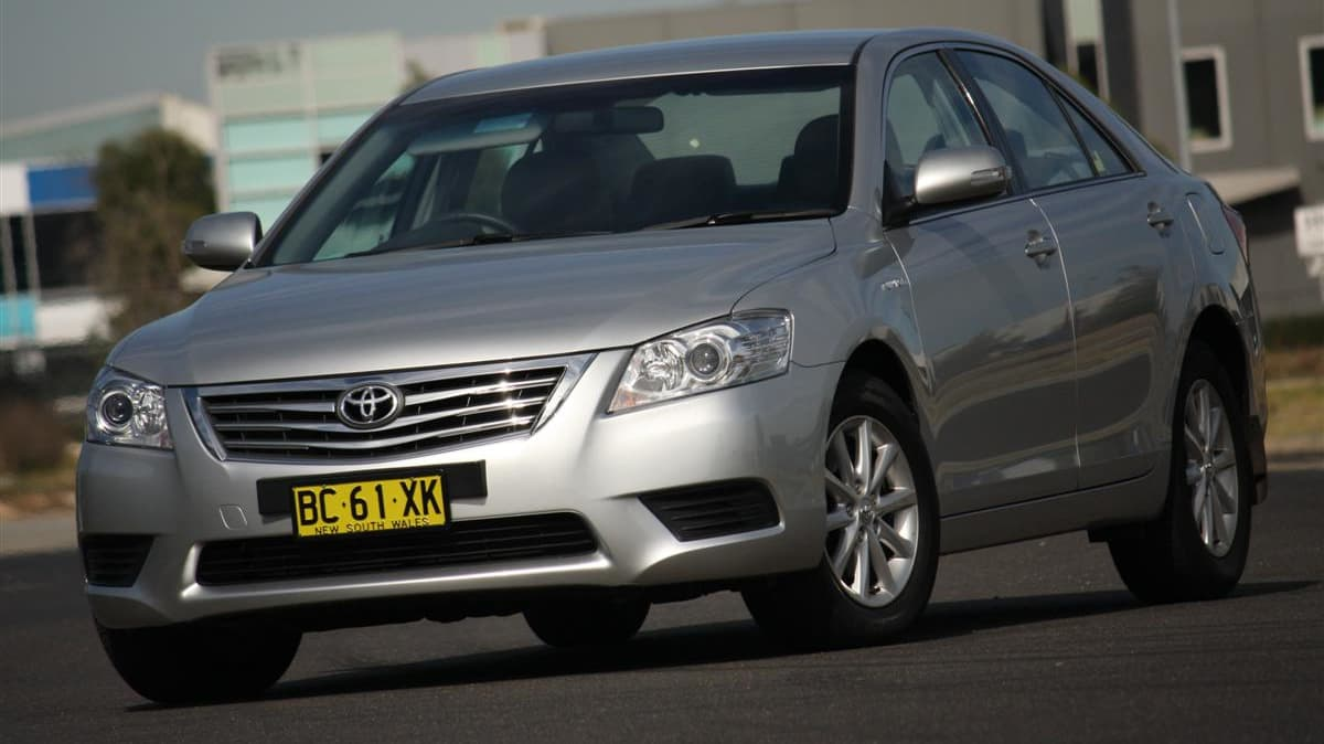 2010_toyota_aurion_at_x_road_test_review_header_17