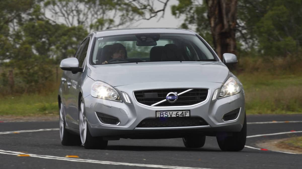 2011_volvo_s60_t6_review_01