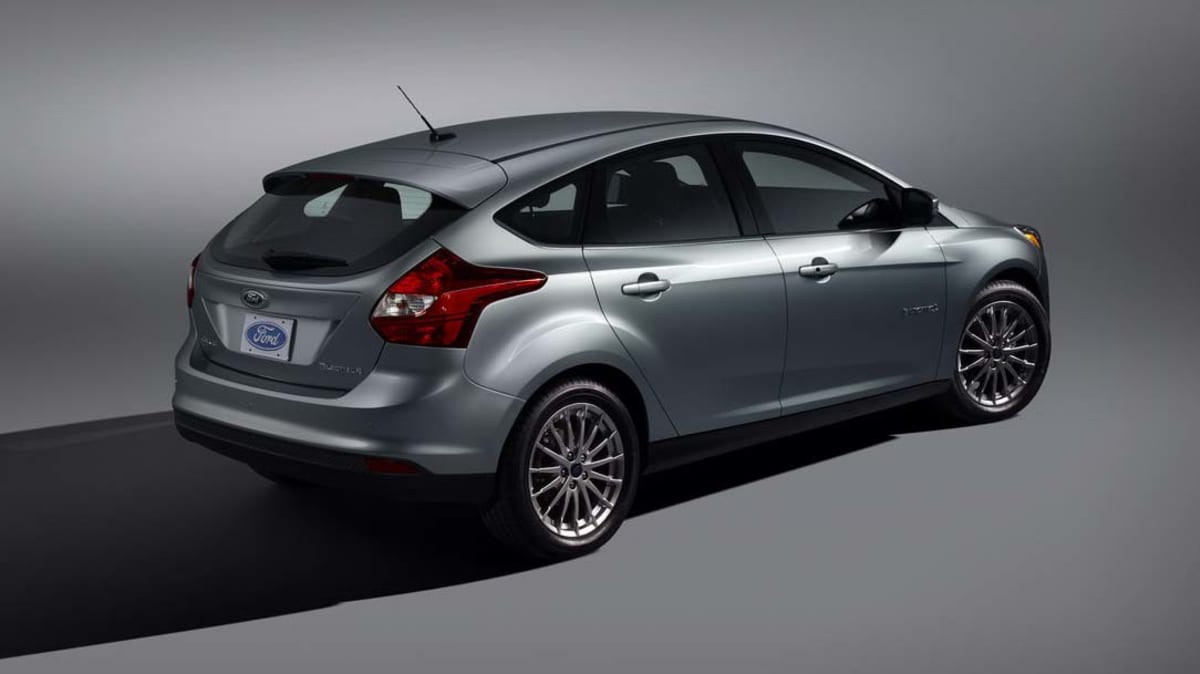 2012_ford_focus_electric_04