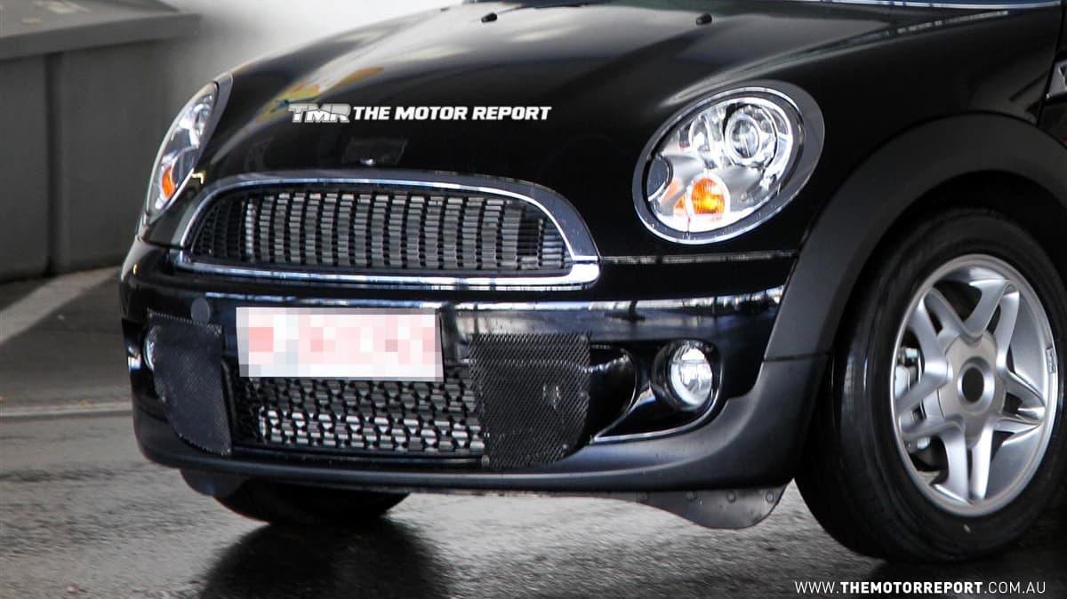 2011_mini-cooper-s_diesel_02.jpg