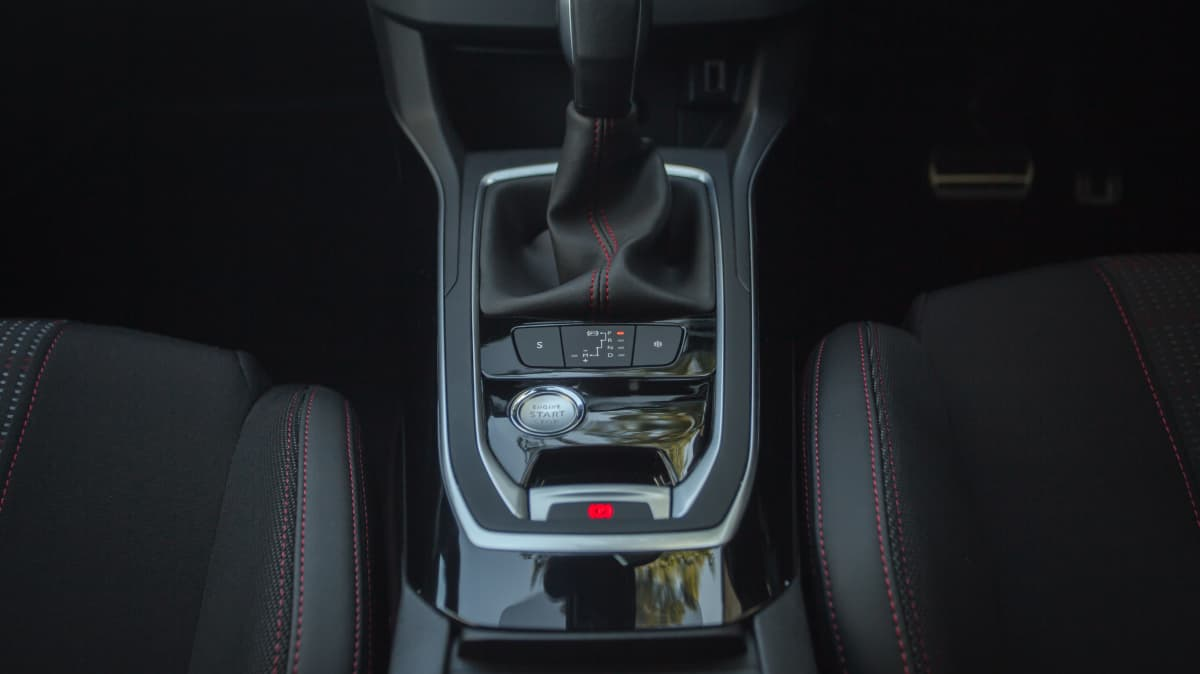 2020 Peugeot 308 GT Line review-3