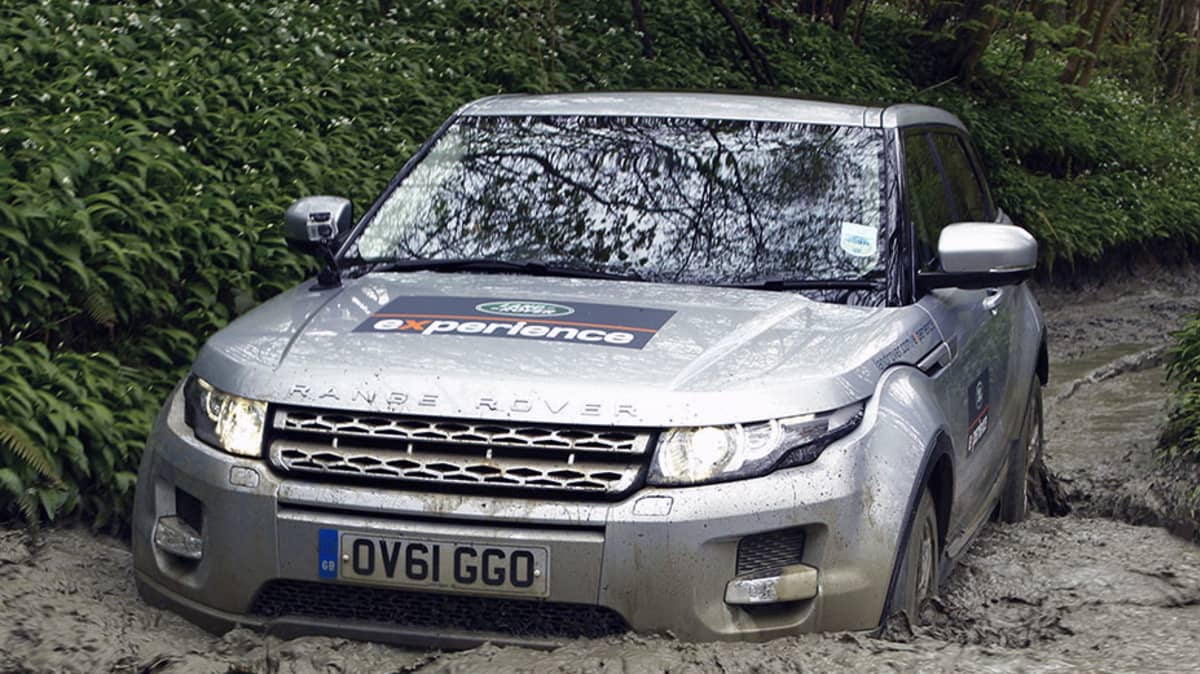 Land Rover 'The Experience': Machine Versus Mud at Eastnor Castle