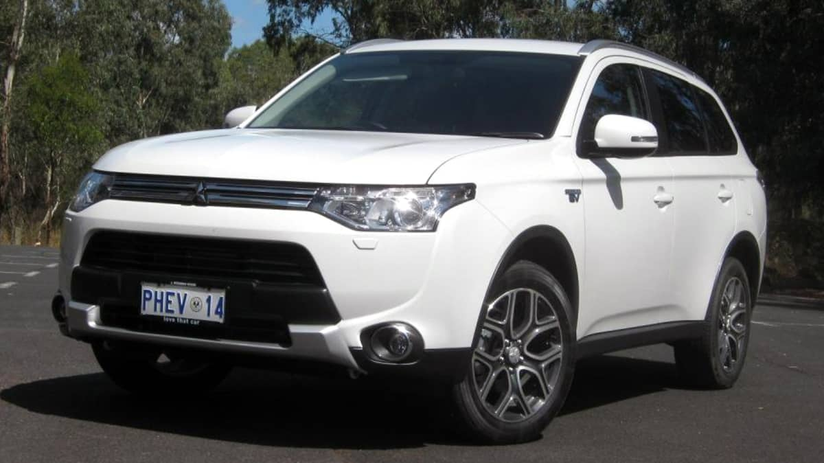 Mitsubishi Outlander PHEV Recalled For Spark Plugs And Software