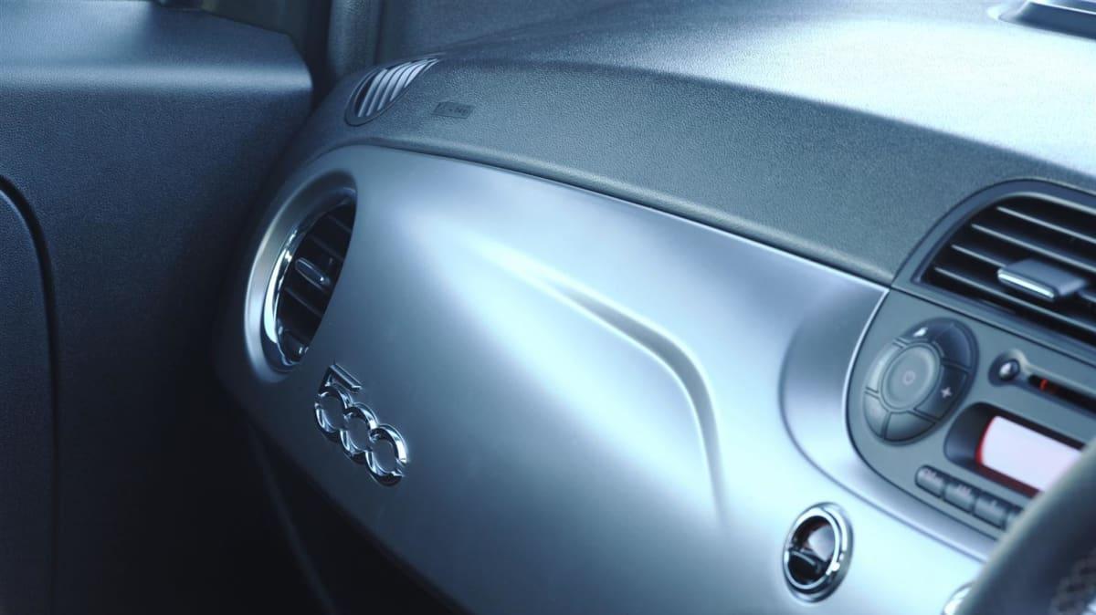 fiat_500_diesel_interior_0001