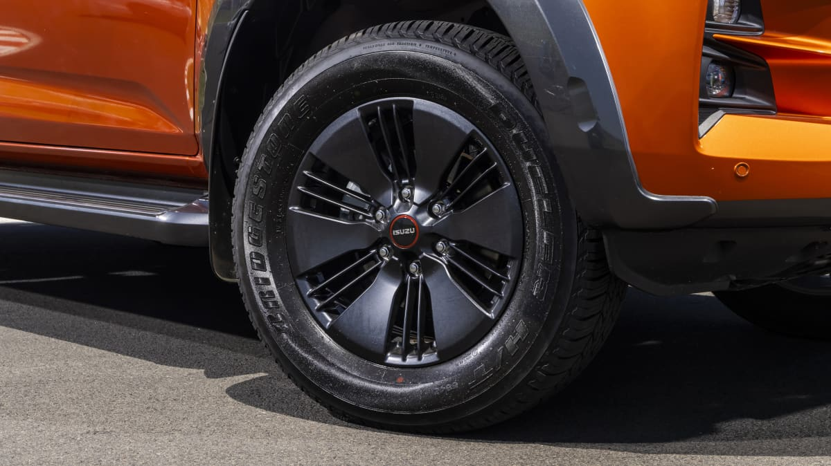 Drive Car of the Year Best Dual Cab Ute 2021 finalistIsuzu D-Max front right wheel close-up