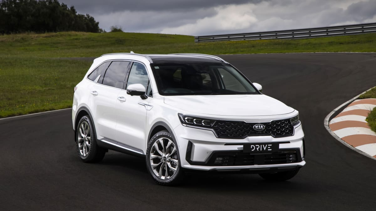 Drive Car of the Year Best Large SUV 2021 finalist Kia Sorento front exterior view