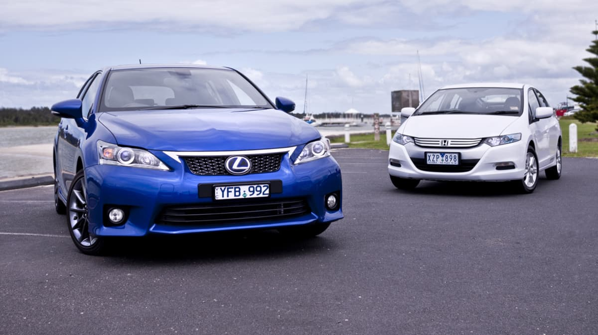 Hybrid Highway Battle: Lexus CT 200h vs Honda Insight