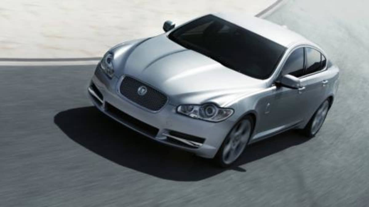 2008 Jaguar XF - 10,000 pre-orders suggest the cat is out of the bag