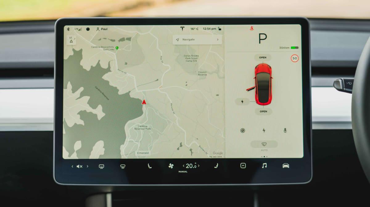 2019 Tesla Model 3 Performance review-0