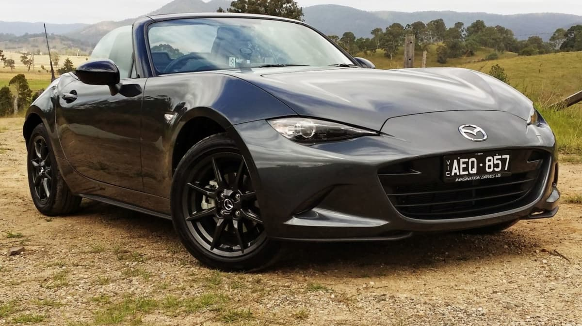 2016 Mazda MX-5 Review: This Gorgeous Toy, A Classic Reborn…