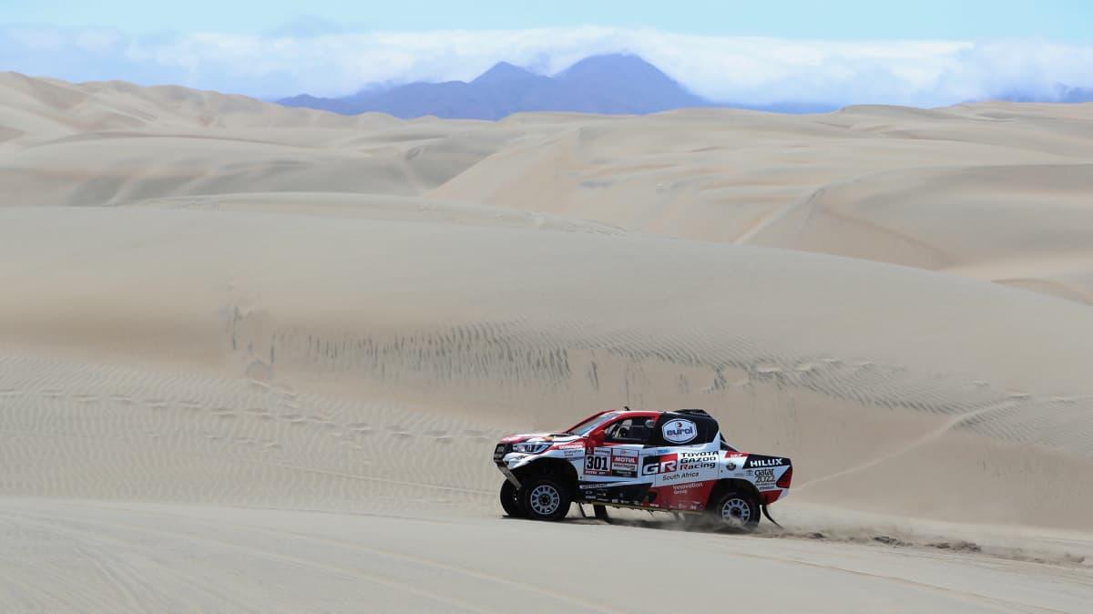 Motorsport: Toyota HiLux leads Dakar rally at half-way point