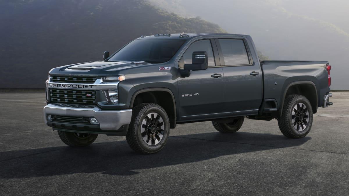 New Chevrolet Silverado breaks cover