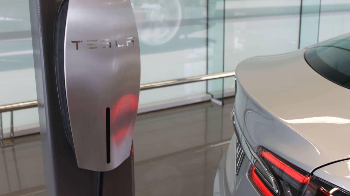 Tesla Launches 'Destination Charging' Program For Australia