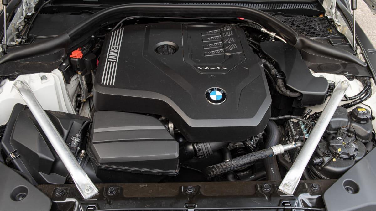 Luxury Review: BMW Z4 sDrive 30i-3
