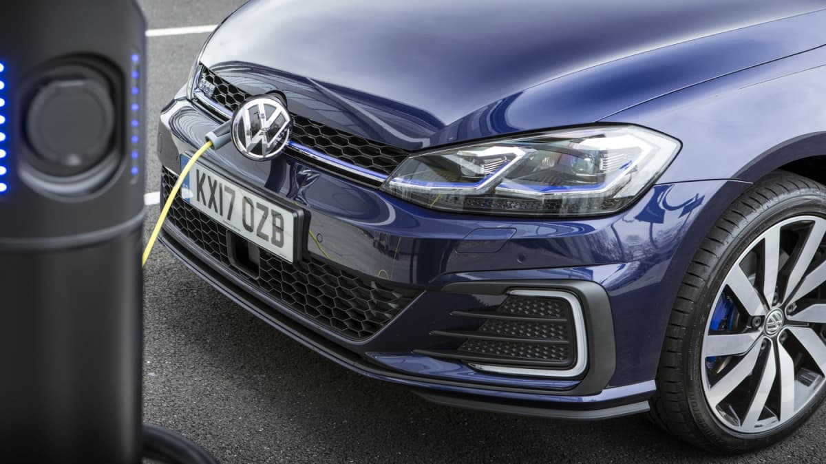 Volkswagen Golf GTE and Audi A3 e-tron sales halted