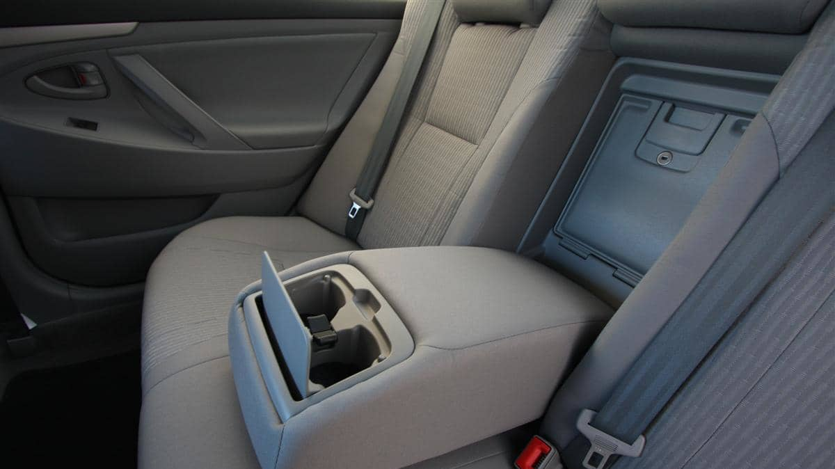 2010_toyota_aurion_at_x_road_test_review_header_12