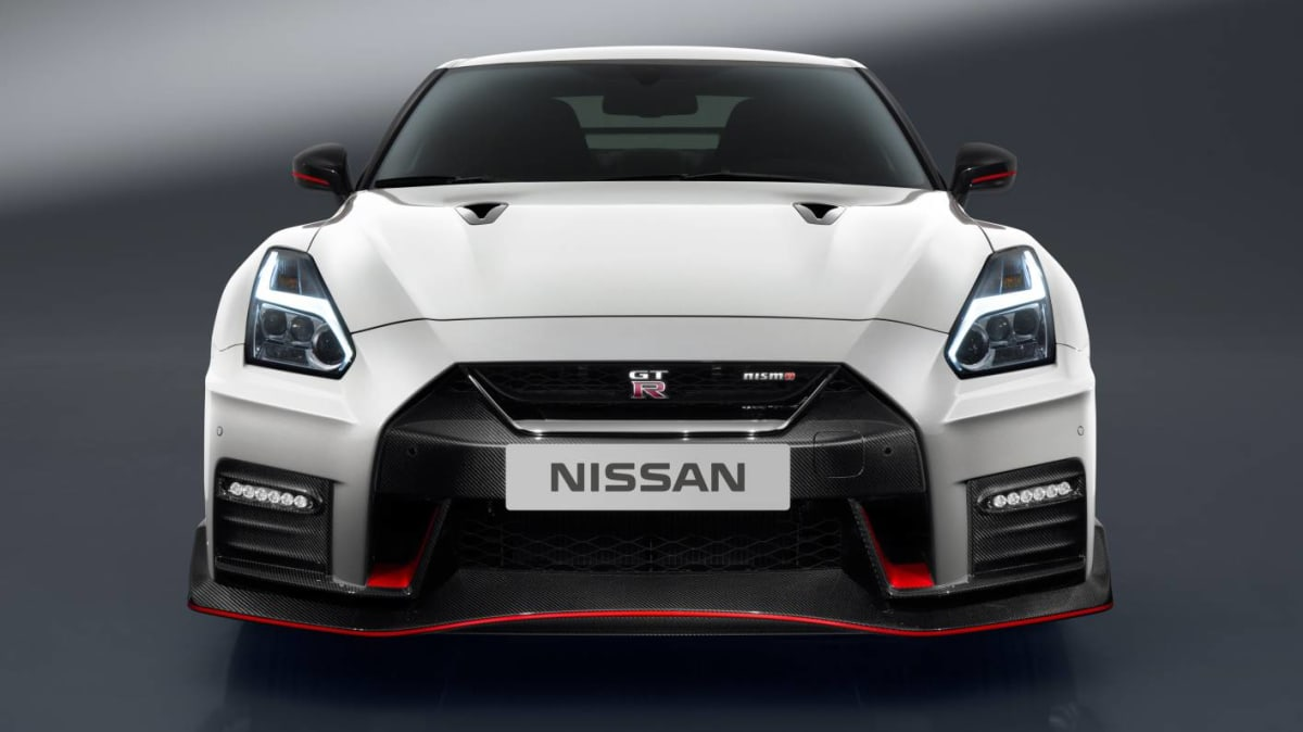 2017 Nissan GT-R NISMO Revealed - Japan's Racecar For The Road Gets A Revamp