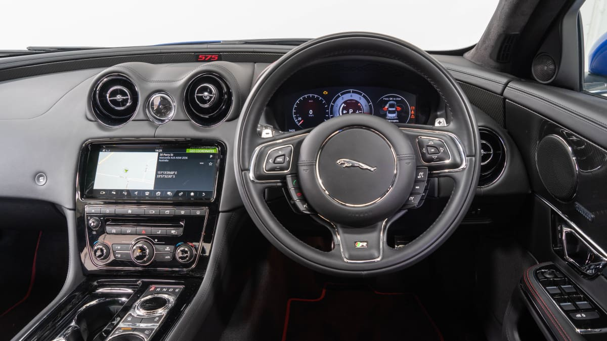 Jaguar XJR 575 2019 review-1