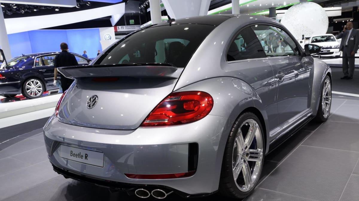 2012_volkswagen_beetle_r_concept_03